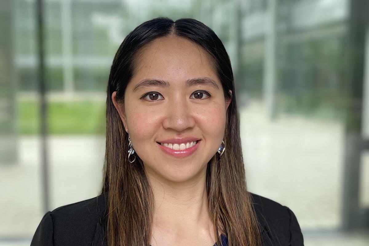 headshot of Mimi Trinh '21