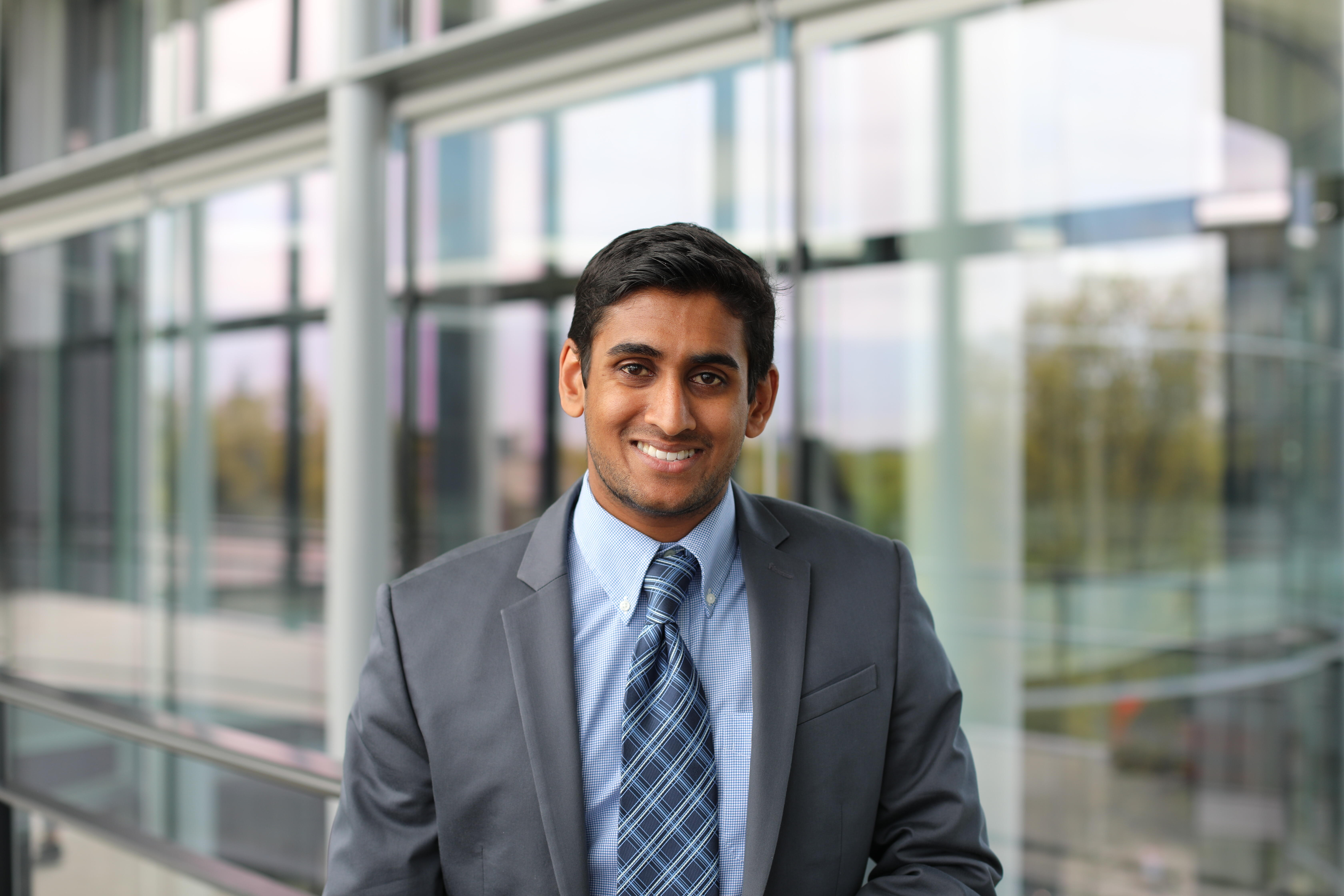 Tony Senanayake Yale SOM Class of 2020